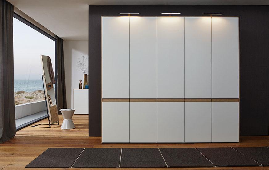 mit lunis zum mond h ls die einrichtung. Black Bedroom Furniture Sets. Home Design Ideas