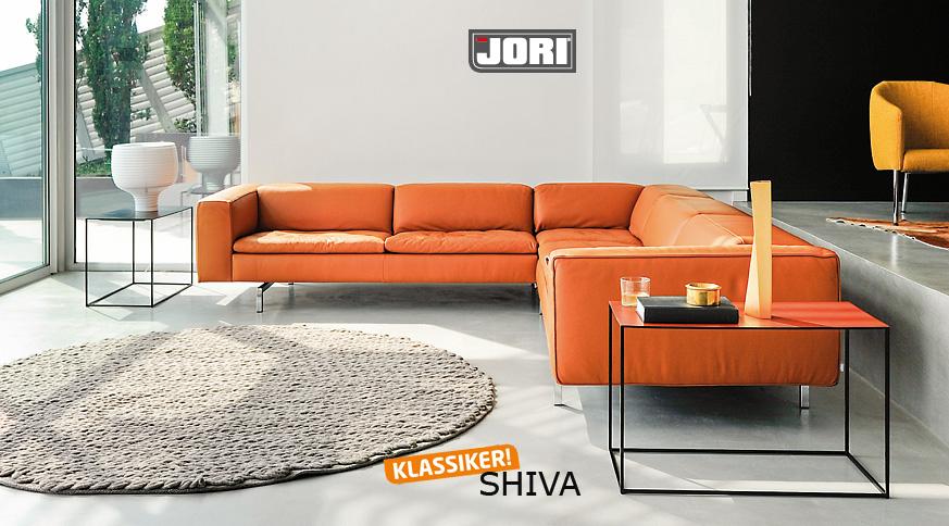 JORI SHIVA - ein glückverheißendes Sofa - hüls die Einrichtung